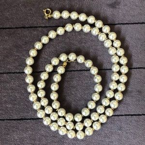 Jewelry - Pearls